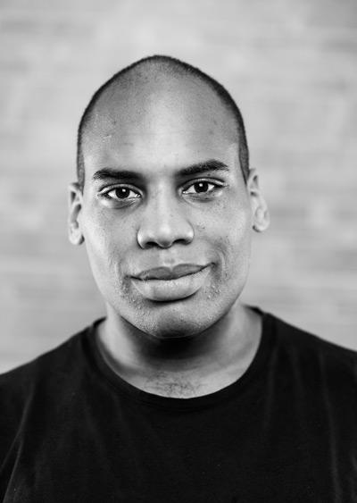 Actor Headshot - Barrington